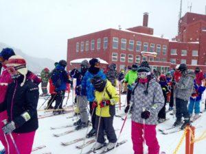 Ski di Musim Dingin