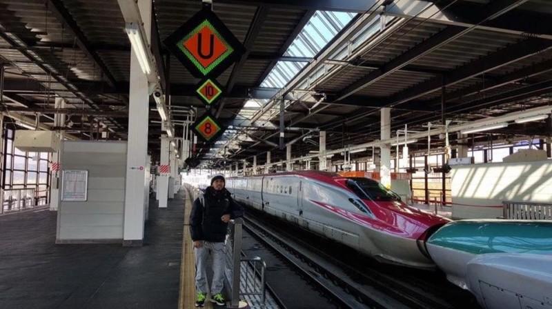 Foto di Depan Shinkansen Hayabusa