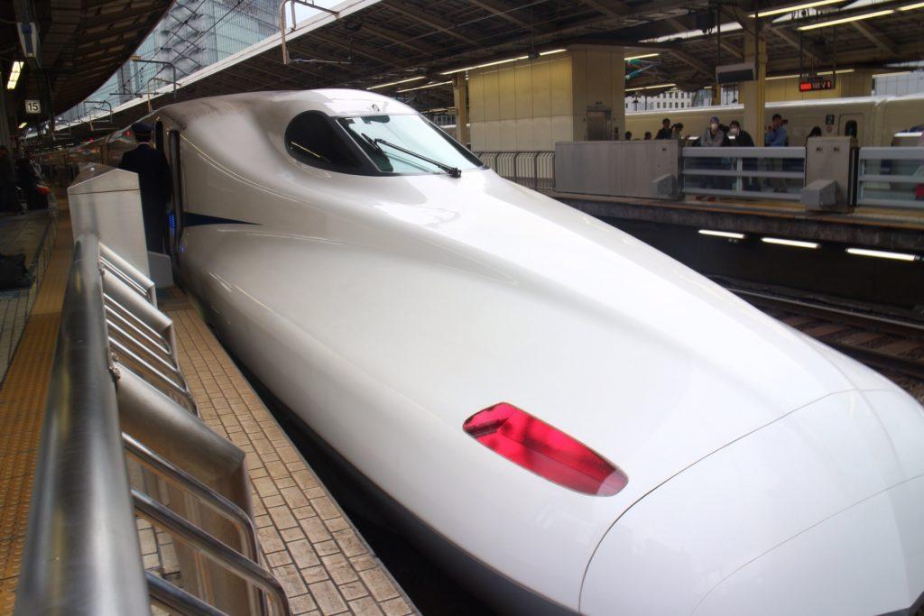 Shinkansen Tipe Nozomi Keberangkatan Nagoya-Tokyo