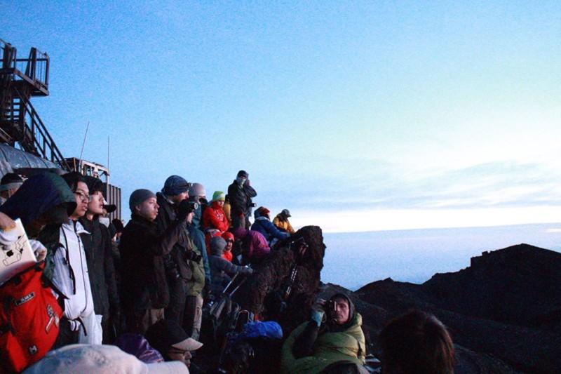 Sunrise di Gunung Fuji Jepang