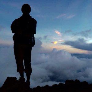 Siluet di Gunung Fuji
