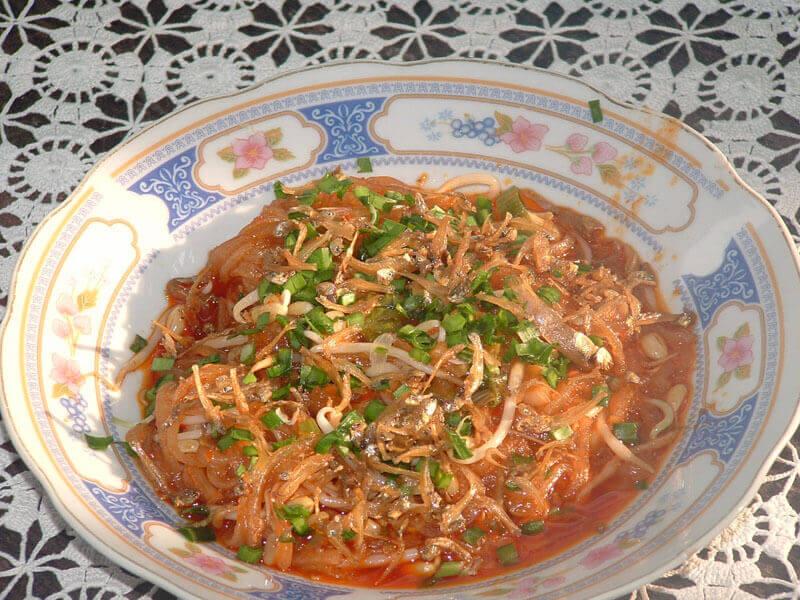 Makanan Khas Pekanbaru Mie Sagu