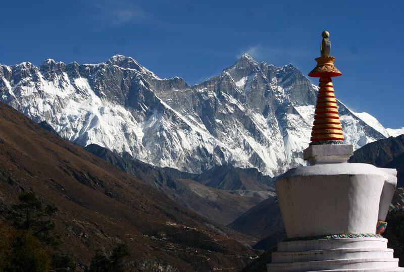 Gunung Tertinggi di Dunia Lhotse