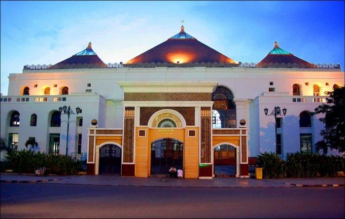 tempat wisata masjid agung palembang