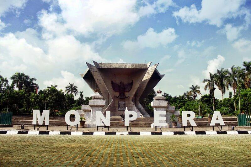 tempat wisata palembang monpera